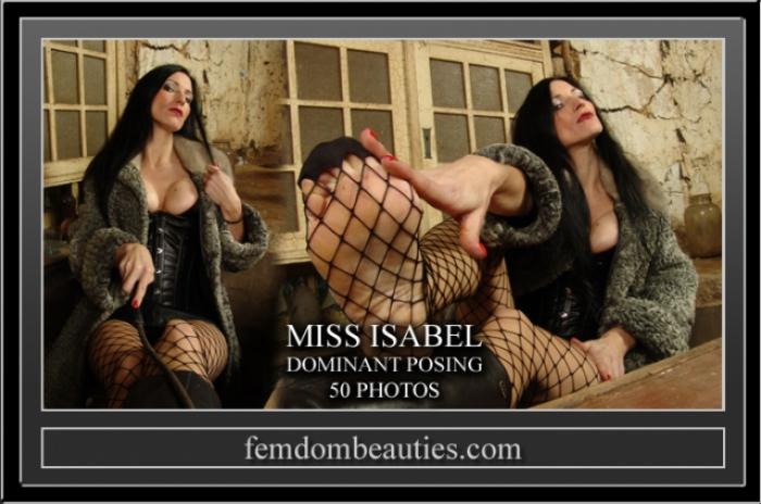 LADY ISABEL FURS FEET