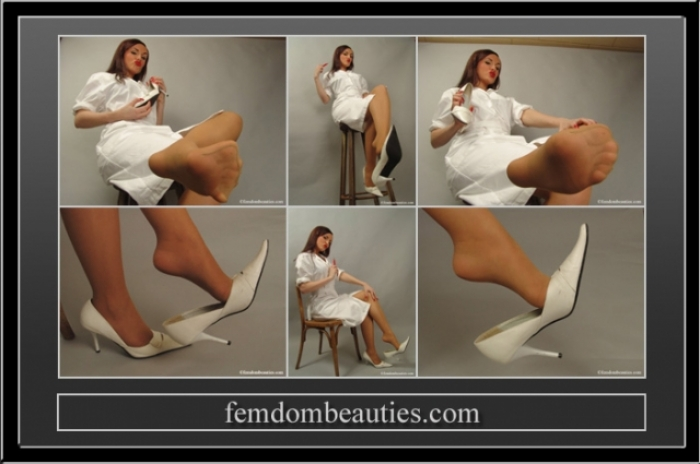MISS LENI **** NURSE FEET 2